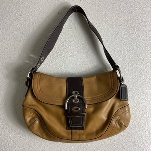 Authentic Coach Leather Hobo Bag F10910